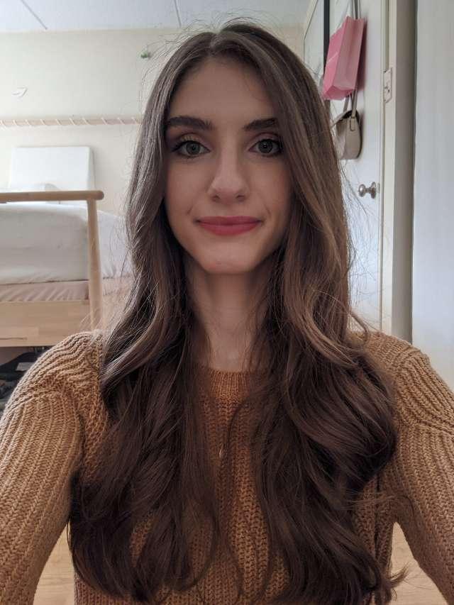Ellie C. R.'s profile image