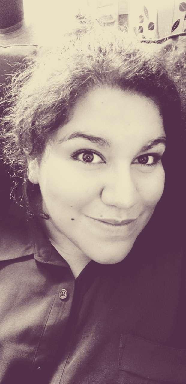 Mikala Kolander's profile image