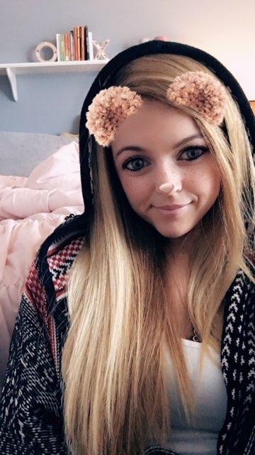 Lindsay Young's profile image