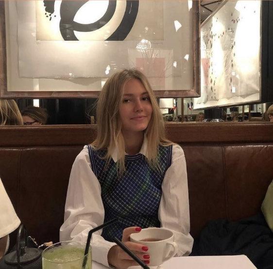 elizaveta 's profile image