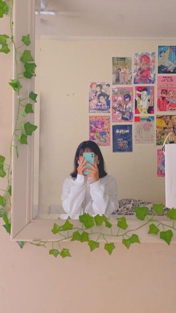lola-kay ( ´ ▽ ` )'s profile image