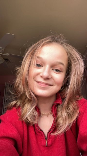 Chloe G's profile image