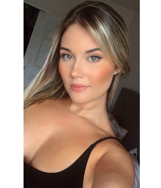 Danella Bejar's profile image