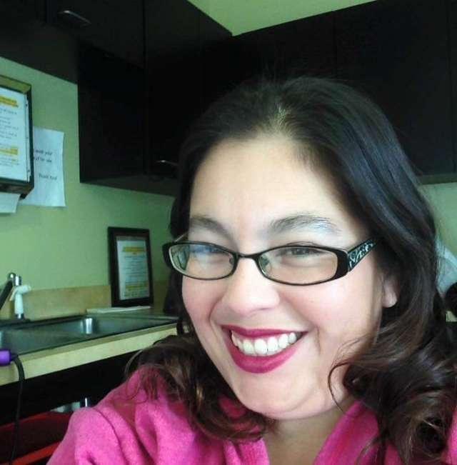 Mona Magallanes's profile image