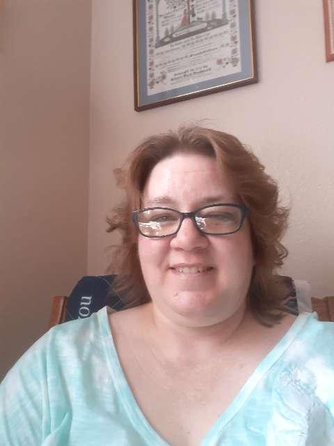 Sara Thomas's profile image