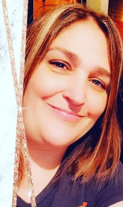 Victoria De Leon 's profile image