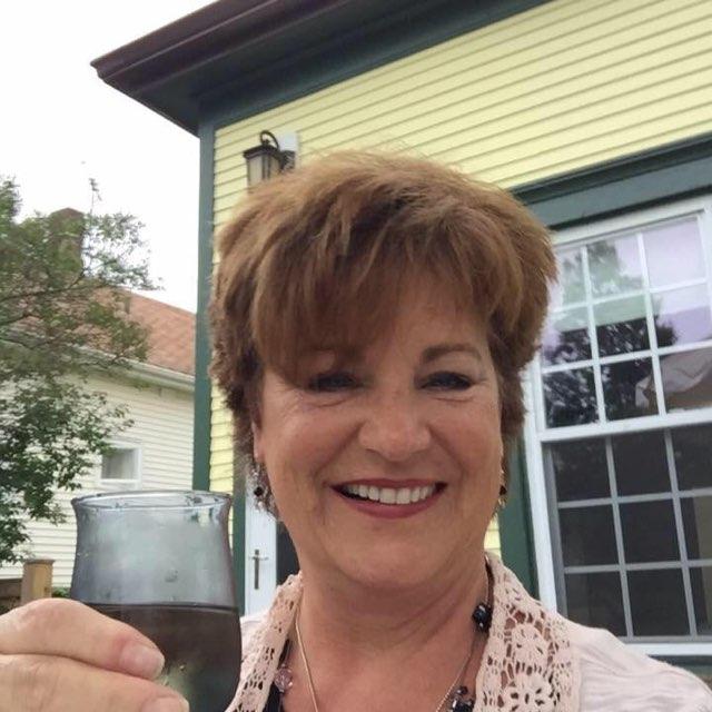 Debbie Gobrecht-Lange's profile image