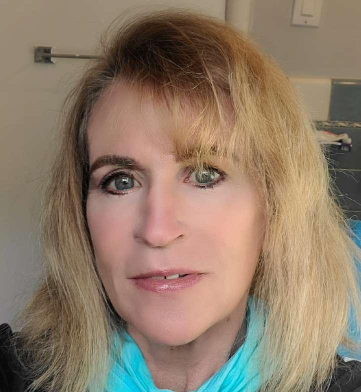 Julia Feeney Reynolds's profile image