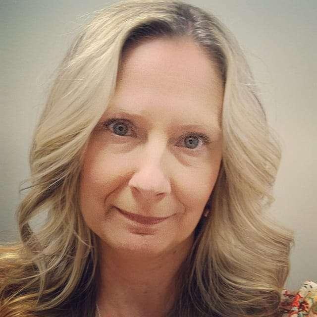 Julie Rott's profile image