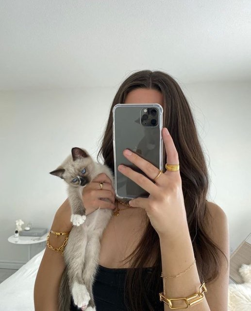 Valerie 's profile image