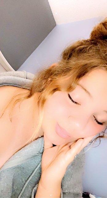 Victoria Pellam's profile image