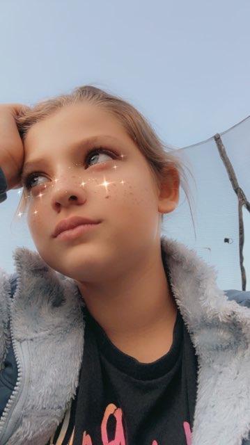 Rylee Rylee's profile image