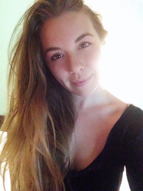 Emily Joan's profile image