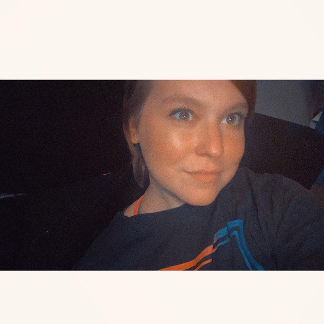 Victoria Lynn's profile image
