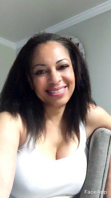 Nicole Lewis's profile image