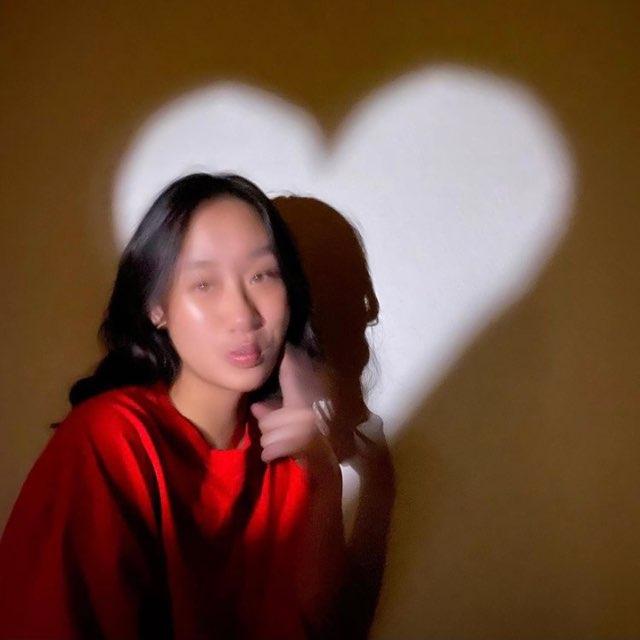 Ashley Ith's profile image