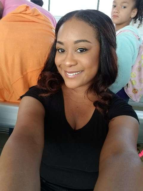Roslyn Newson's profile image