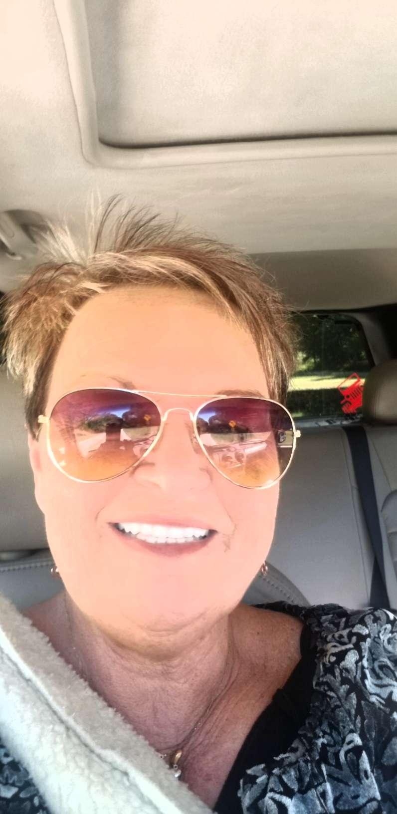 Loretta Calhoun 's Profile Picture