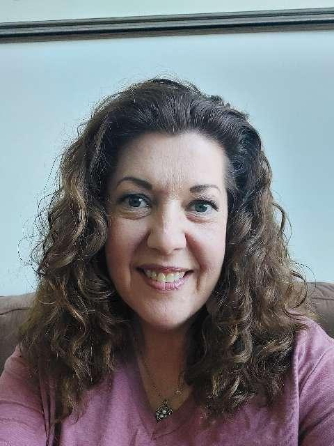 Heather Crow's profile image