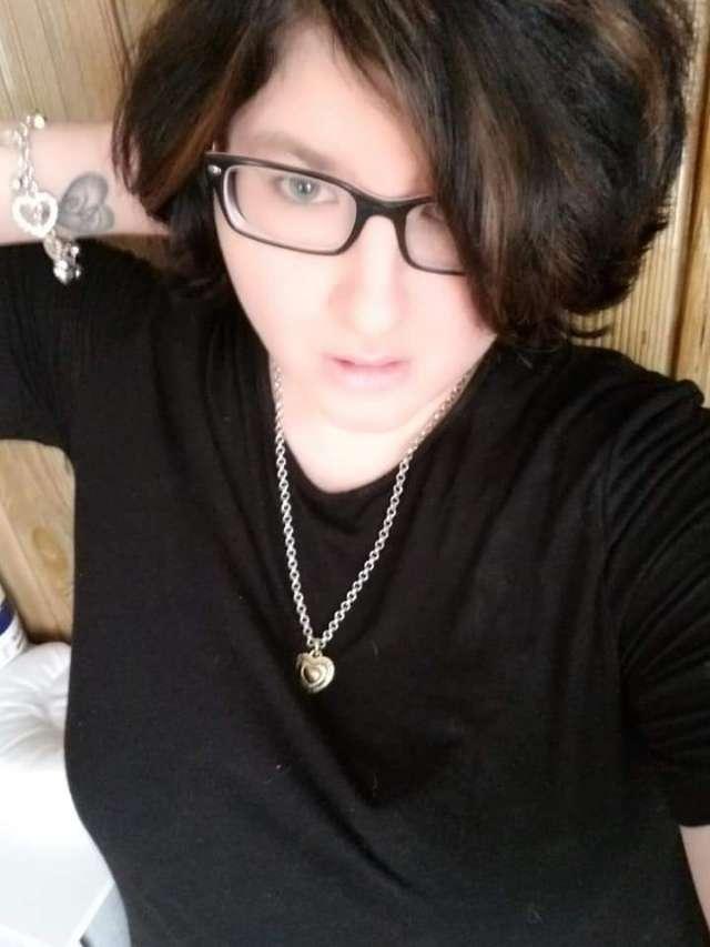 Allura Rosa's profile image